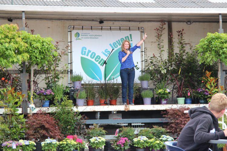 Helga van Leur geeft een opzwepende presentatie