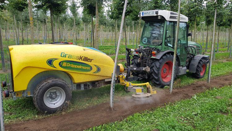Grasskiller met 1.000 bar koud water