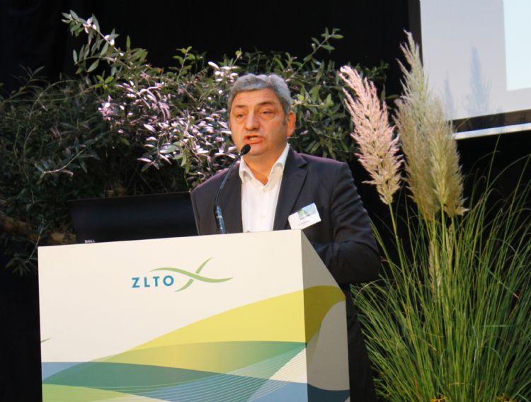 Hans Huijbers tijdens een conferentie in 2011