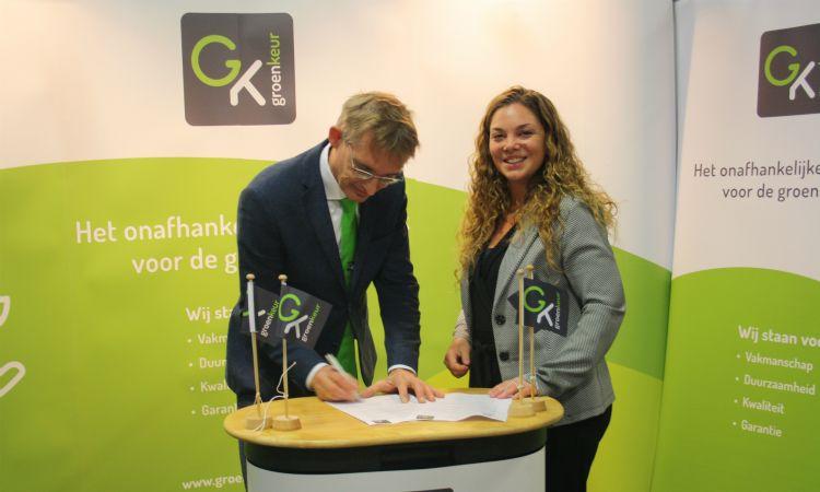 Dick Oosthoek en Kelly Ruigrok op de vakbeurs Klimaat