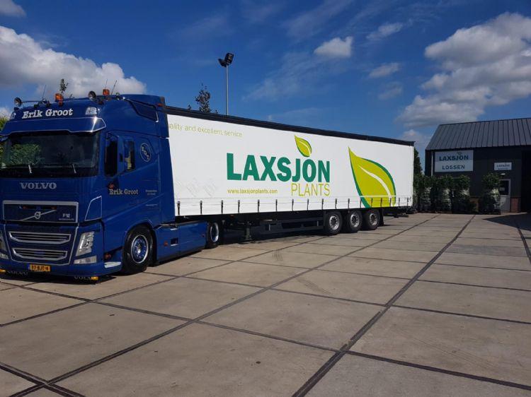Laxsjon Plants organiseert de logistiek zelf met vaste transporteurs.
