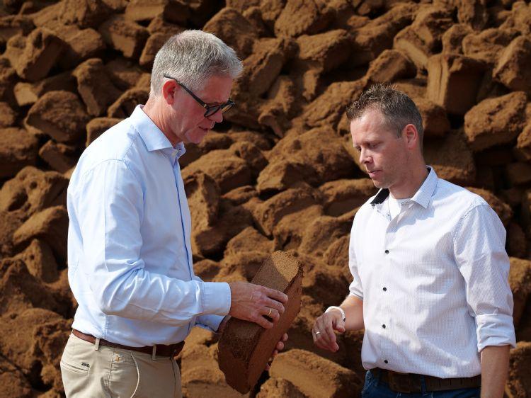 Han de Groot, directeur VPN (l) en Koen van den Hurk (Dutch Plantin)